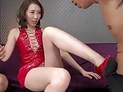 Asian wife Aya Kisaki loves fucking in threesome