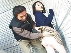Schoolgirl Seire Mochizuki gets kinky on the