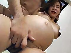 Gratifying 2 chicks with rock hard sex toys