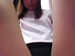 Ryoko Yaka enjoys intense vibrator action