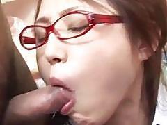YoungÐ'Â Rino Mizusawa gets nasty with two tasty dongs